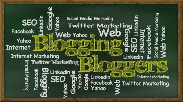 blogging-439151_1280